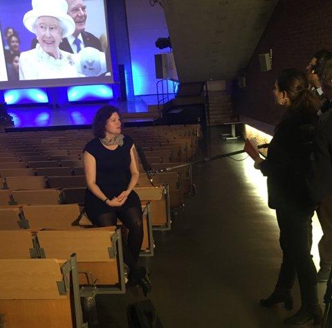 Die Lösung eines 500-jährigen Rätsels: @Turi__King im @ARTEde-Interview. Der #QueensLecture-Livestream beginnt 17:00 https://t.co/4DTBFbvqzY https://t.co/LWetepTrxH
