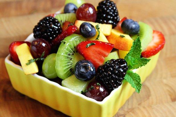 for Fresh fruit salad with greek yoghurt ://