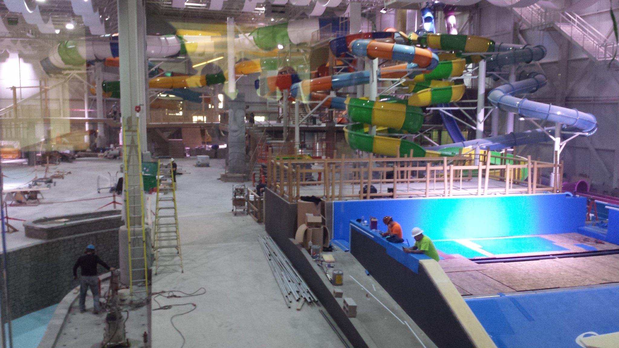 Danny c t on twitter le 1er parc aquatique int rieur au for Hotel parc aquatique interieur quebec