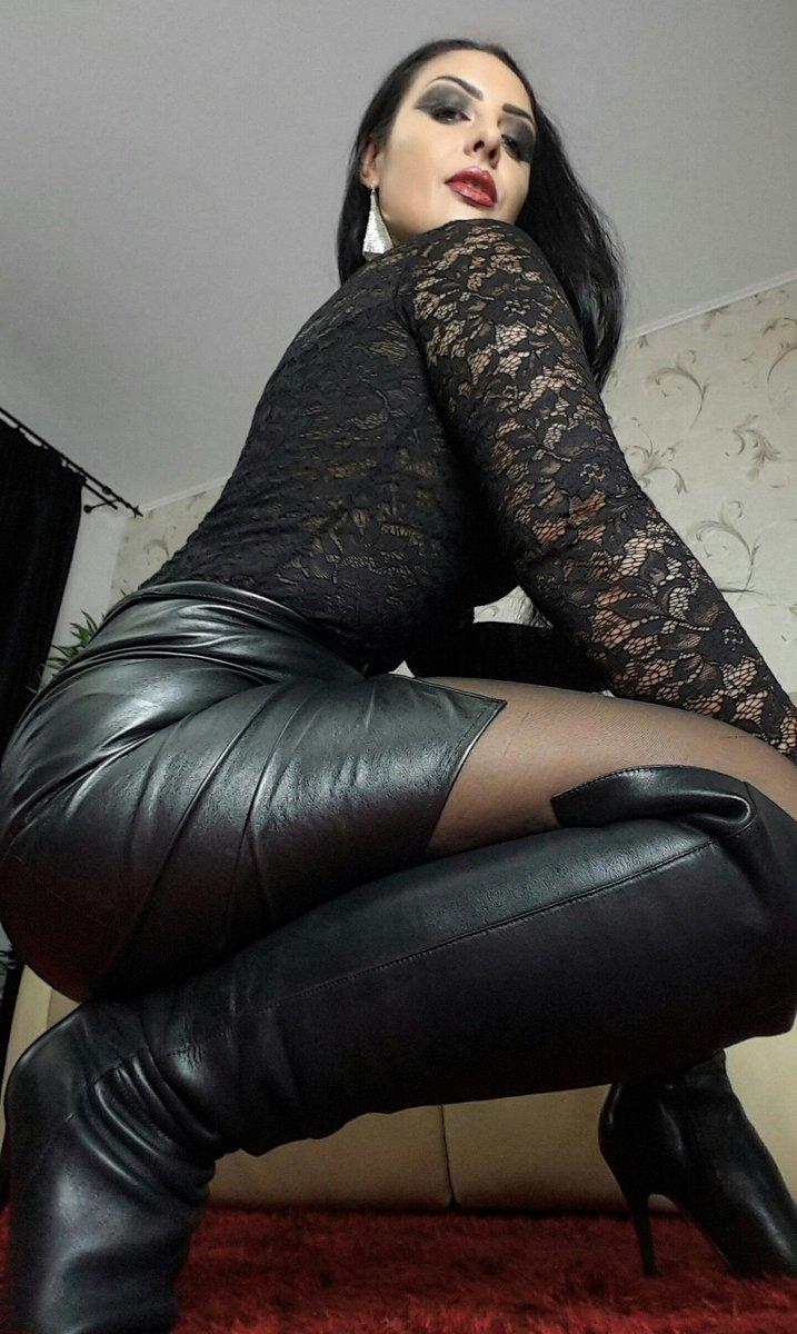 Anal training mistress jennifer