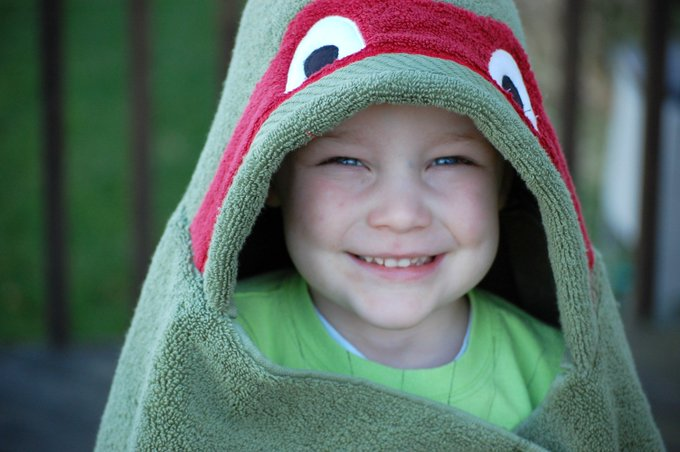 Ninja Turtle Hooded Towel Tutorial: TMNT Crafts DIY Parenting Children Sewing