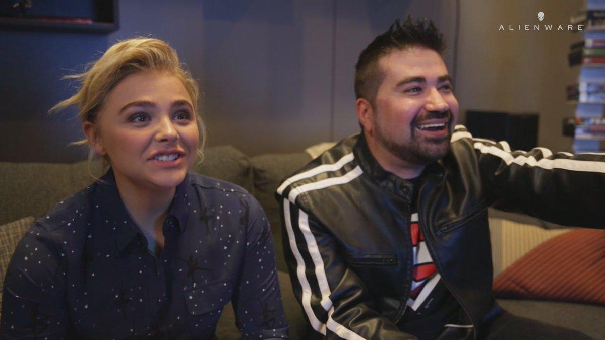 Joe Vargas with Girlfriend