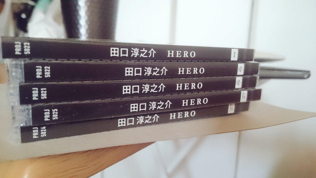 11月2日の今日、発売。 本当に嬉しく思う。 気づけば''夏の場所''から、 この''HERO''は、 つながってたのかもね。 砂に描いた約束は、今でも。 https://t.co/SREa760c9s