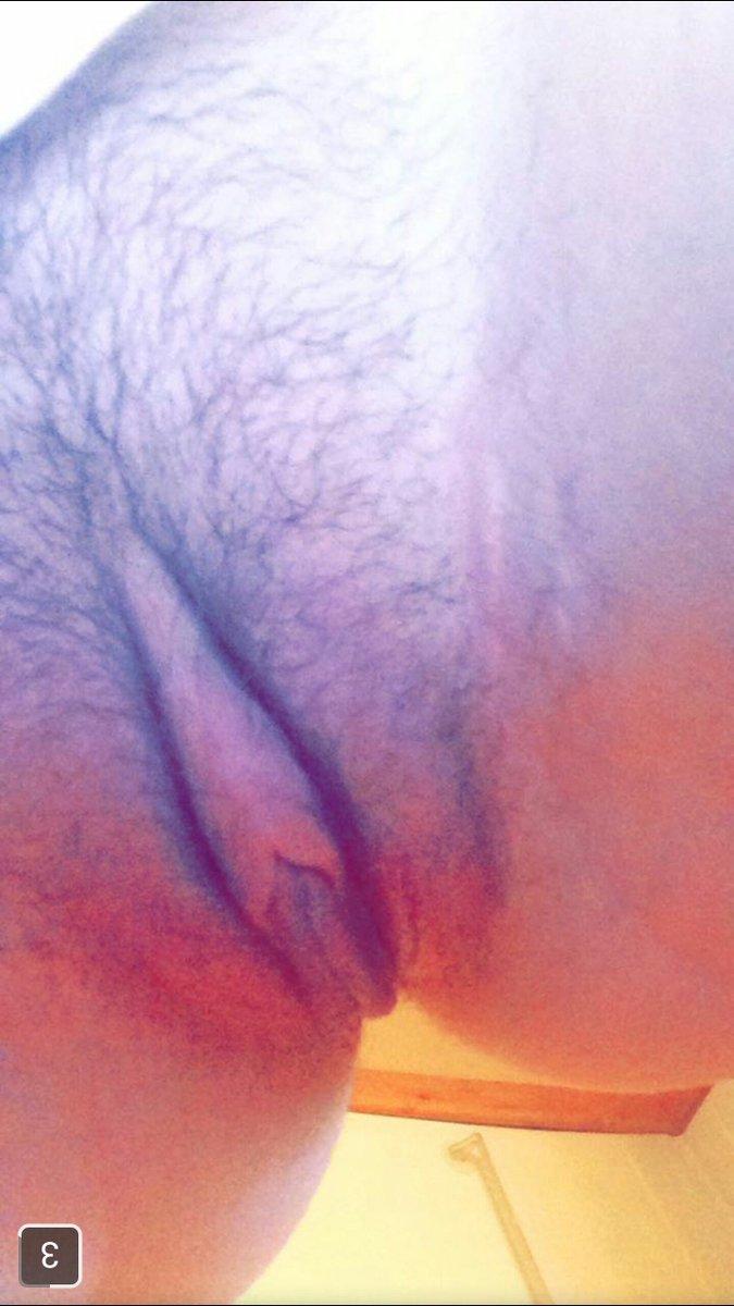 Nude Selfie 9239