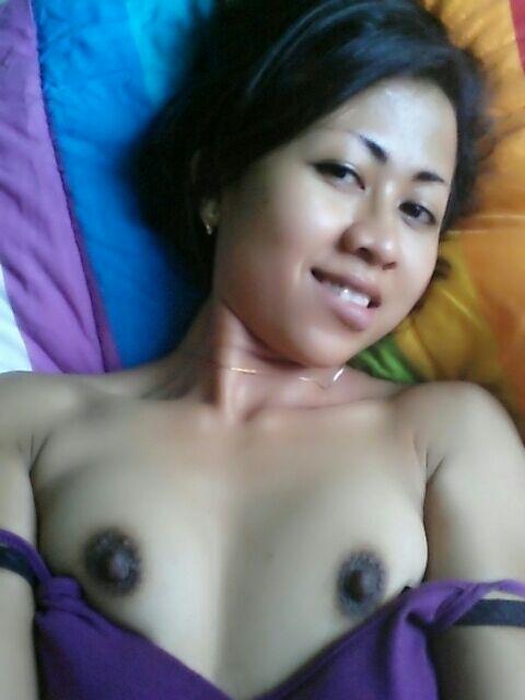 Nude Selfie 9254
