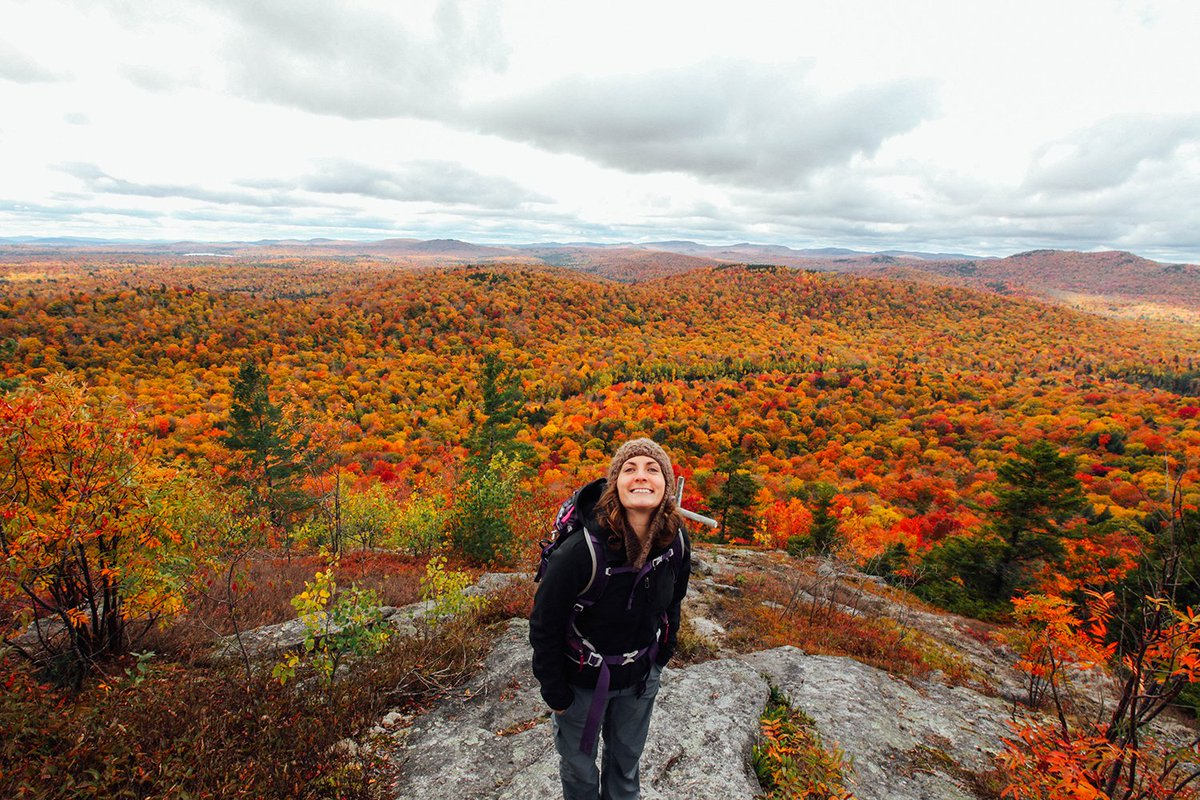 We don't know what makes us happier, @valeriemannedesign's smile or the beautiful foliage! #goEast #outdoorwomen https://t.co/jYY6yOiRiH