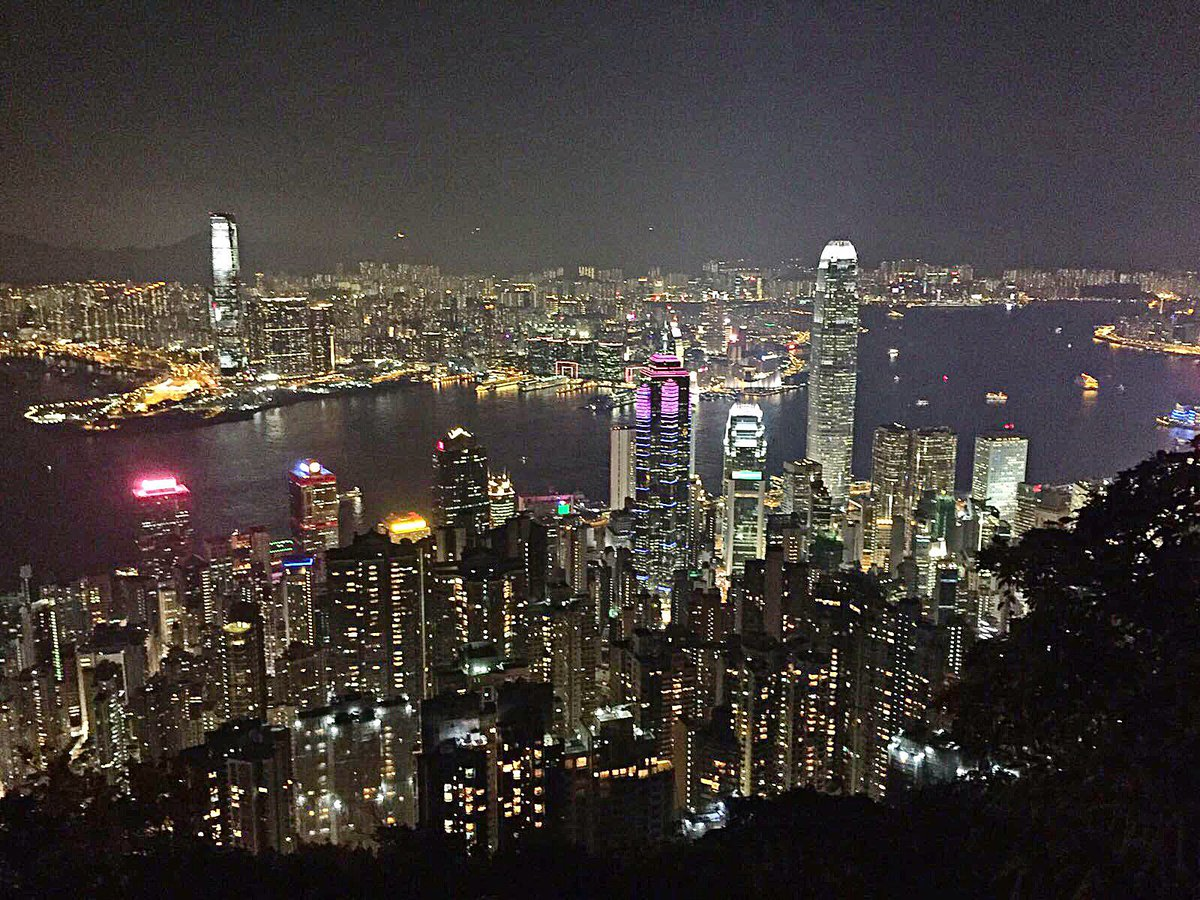 Some views never get old. Join us at The Peak for some of Hong Kong's amazing views. #rightnow https://t.co/BI5Yp5jIZD