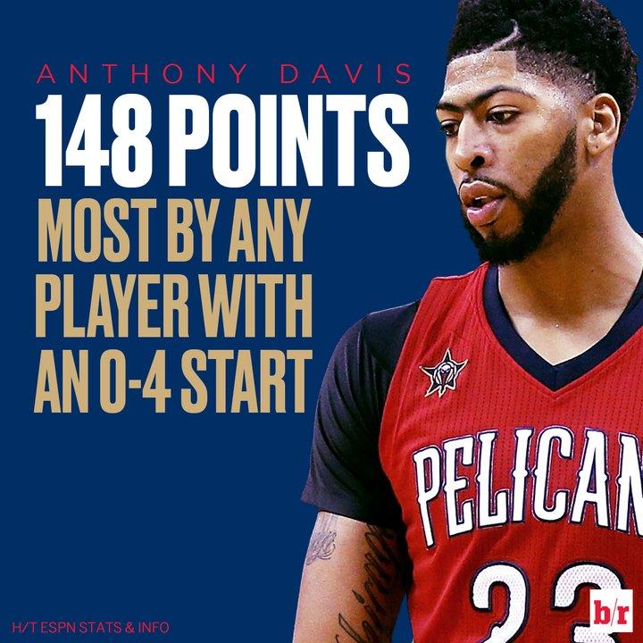 Someone get Anthony Davis some help. 😫