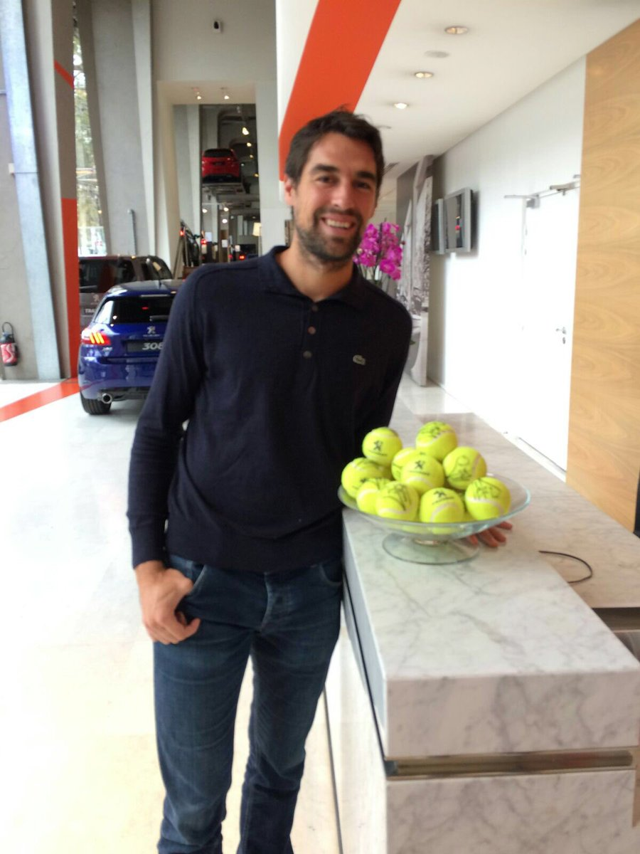 Great time with @DriveToTennis today at the #Peugeot headquarters! #DriveToTennis #eKick