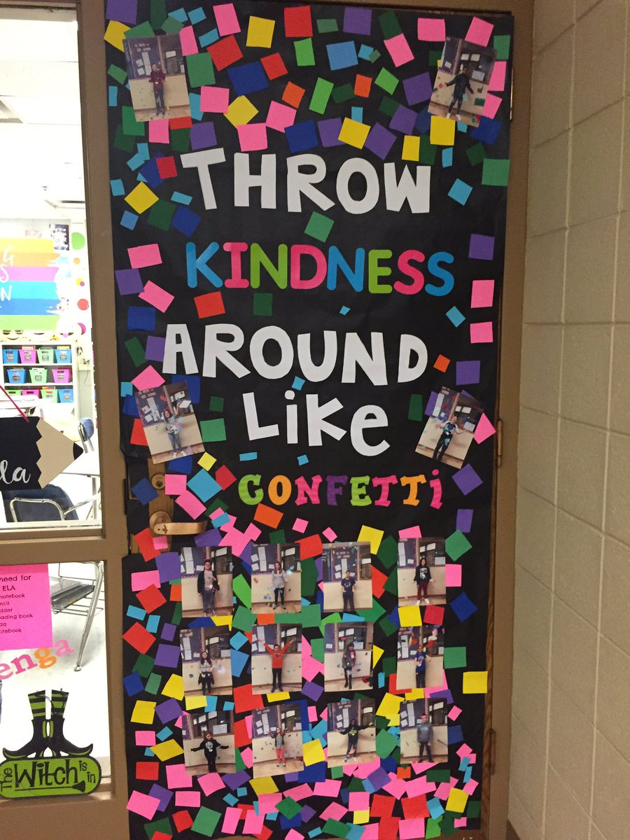 Decorating classroom door for christmas just b use