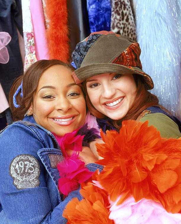 Still reeling from the news. Who's excited?? #TBT to hanging with my girl @anneliesevdp #ThatsSoRaven https://t.co/GVyA5QkOTJ