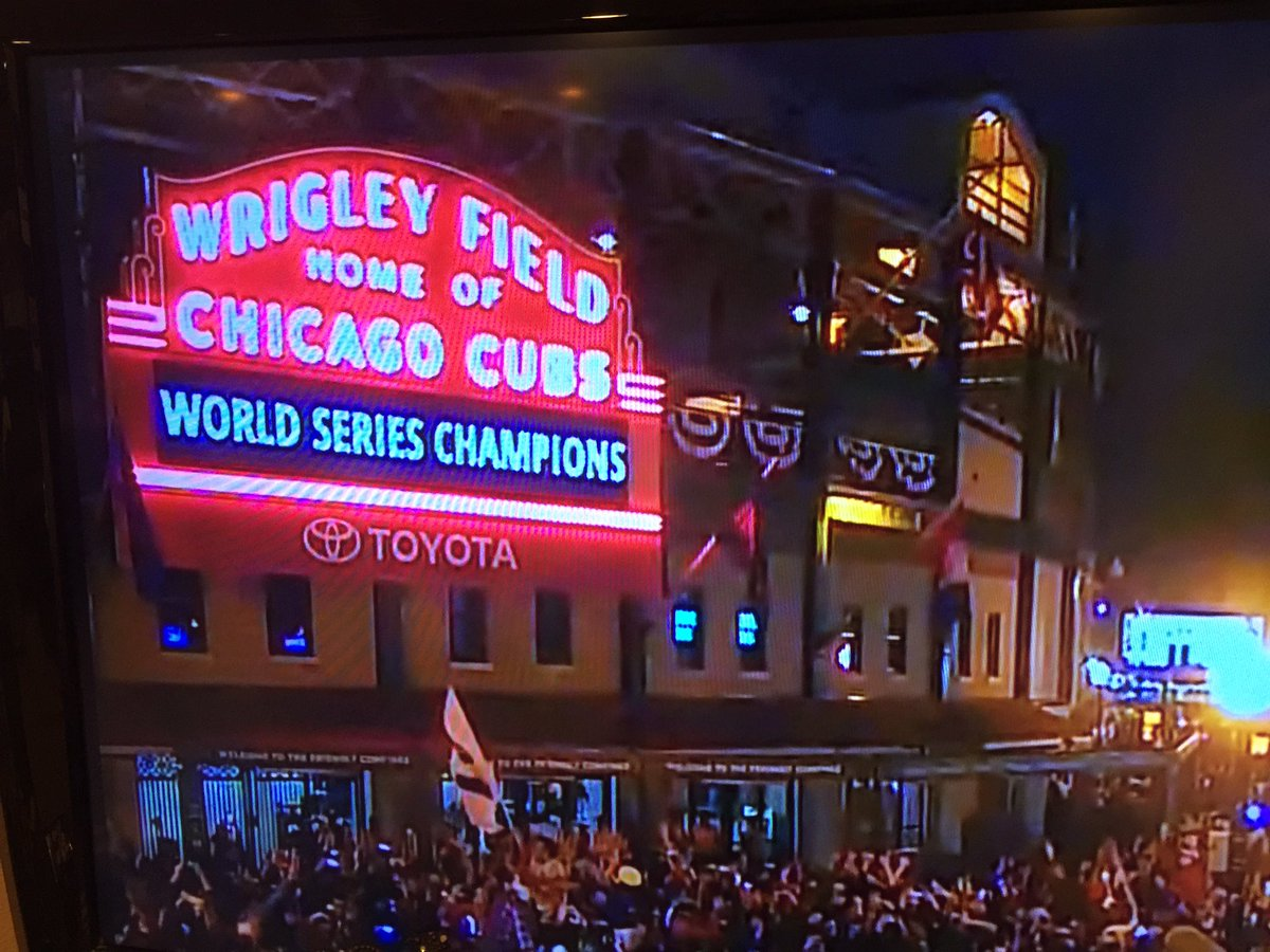 That's just so cool! #WorldSeries #CubsWin @B96Tyler https://t.co/chJAUUE0gm