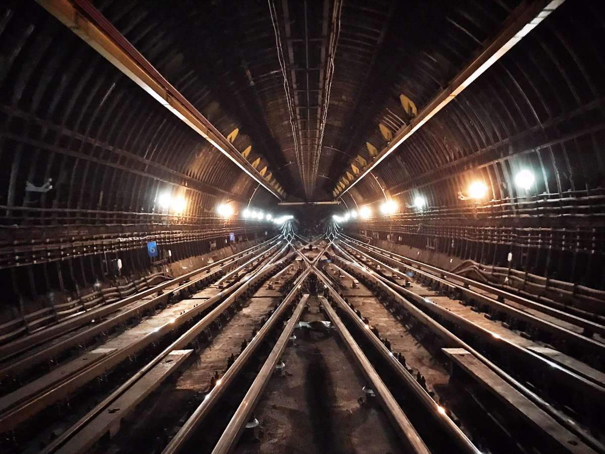 CwT3xgAWgAAZwut - The Victoria Line's really big 50th birthday! #3