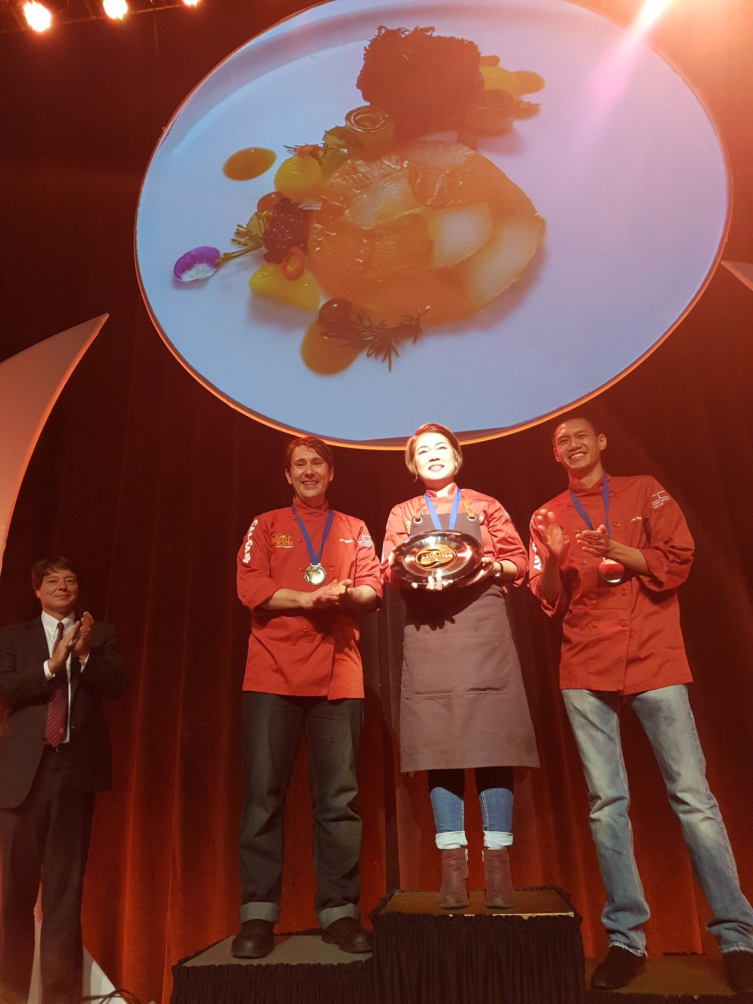 🏅 Podium finishers at #GMPCalgary: GOLD @Geenie52, silver @chefjohnmacneil, bronze @chefmnop. Congratulations! https://t.co/lYJW9CagzF