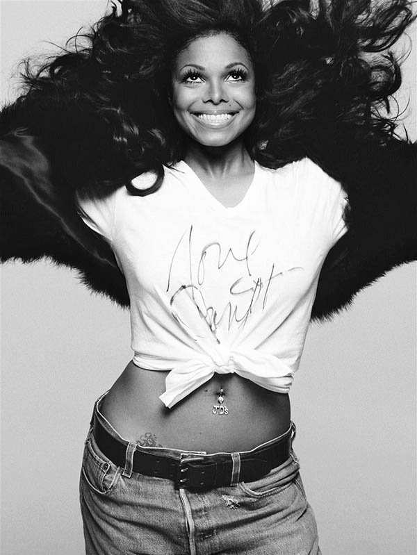 I'm voting for @JanetJackson for #AMAs Favorite Female Artist - Soul/R&B! https://t.co/fzL0ntBXrf https://t.co/hg4BiWqlOD