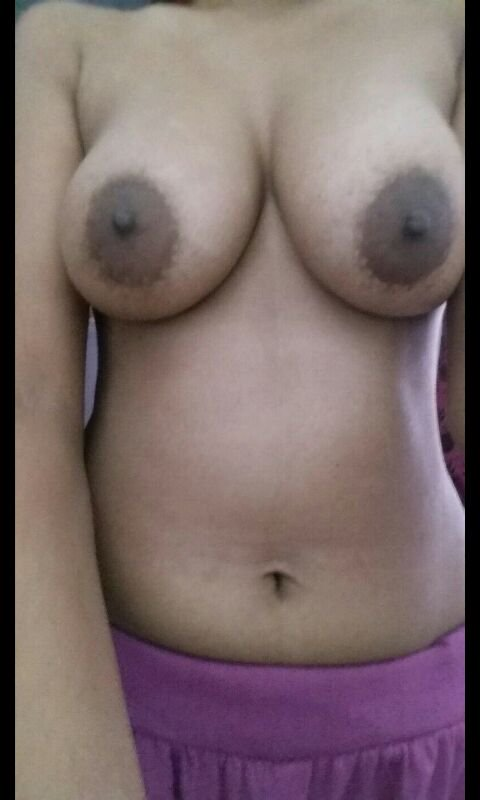 Nude Selfie 9317
