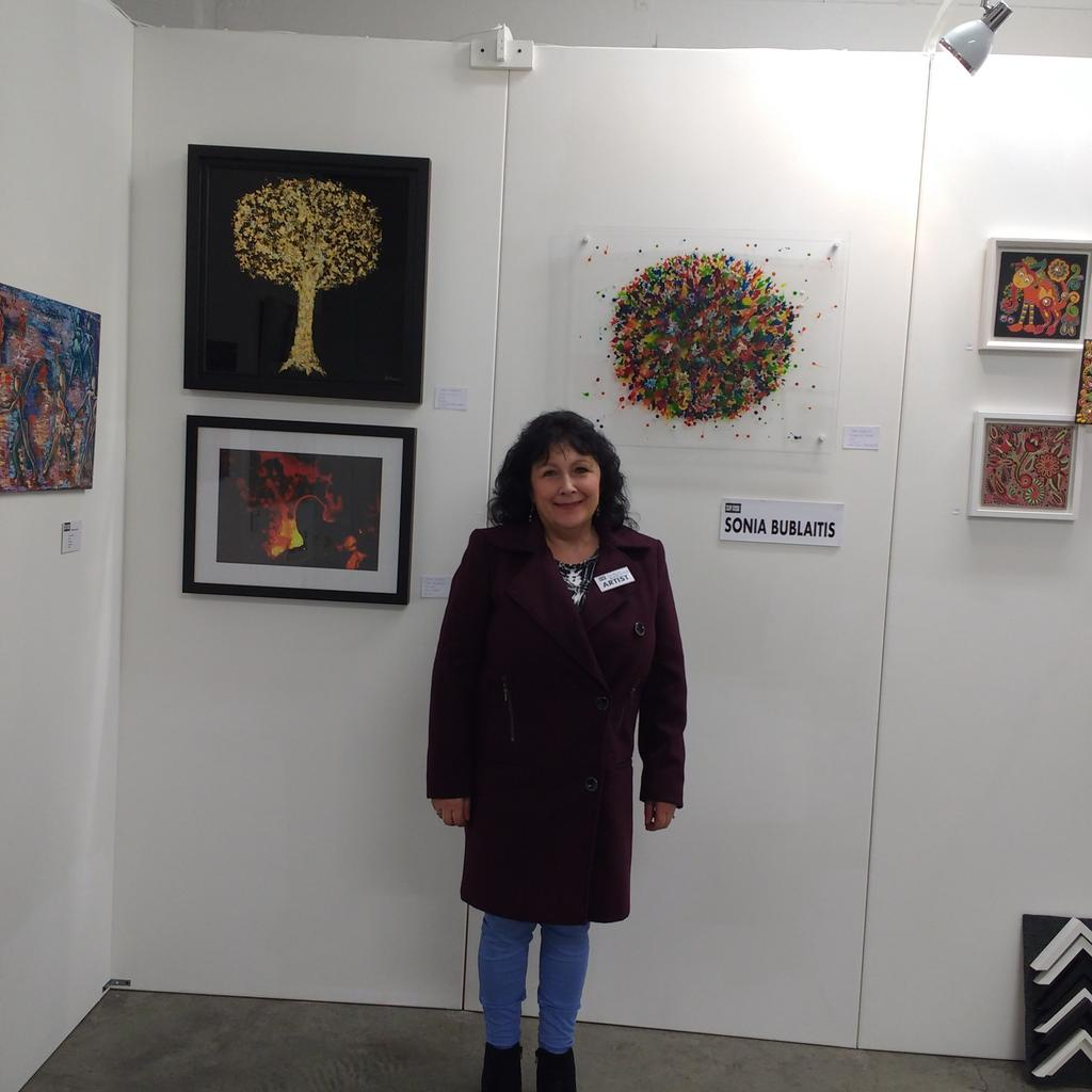 """My artworks @gridartfair  last month! Great exhibition. Delighted I sold Perspex painting """"Blaze of Colour"""" https://t.co/TuVm1MYL88"""
