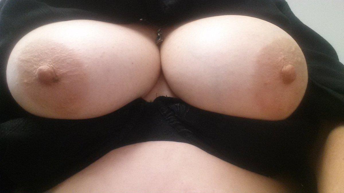 Nude Selfie 9279