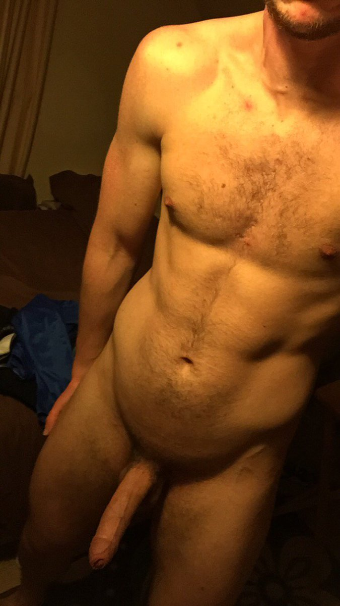 Nude Selfie 9307