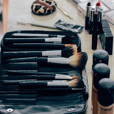4 Canadian Makeup Brands You've Probably Never Heard Of. Check them out! makeup beauty