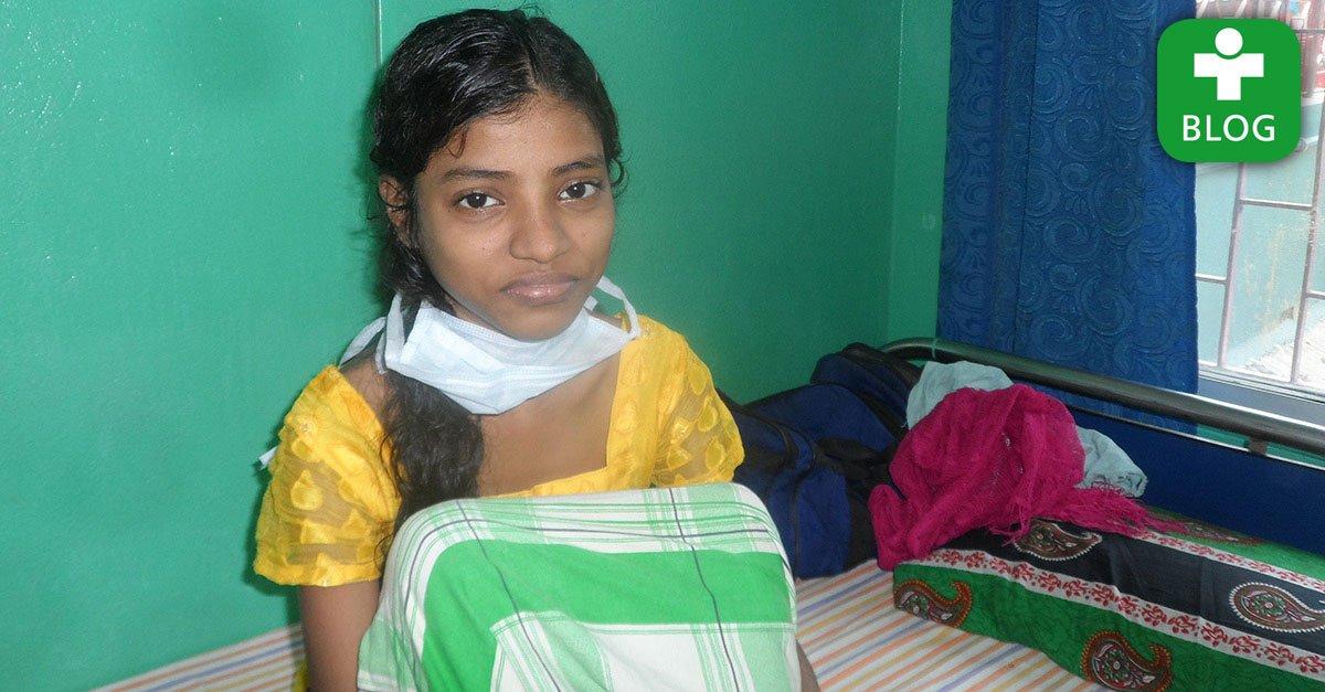 Wir geben unseren Patienten auf unserem Blog eine Stimme: Eine Patientengeschichte aus den Slums von #Kalkutta: https://t.co/XzjfZubGq4 https://t.co/Oglfb44jBa