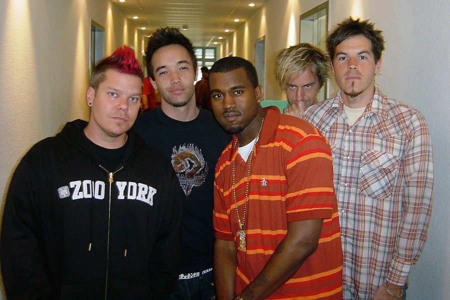 Hanging out with @kanyewest in Germany after our performance on Top of the Pops in 2005. #tbt https://t.co/uMBnQ93unO