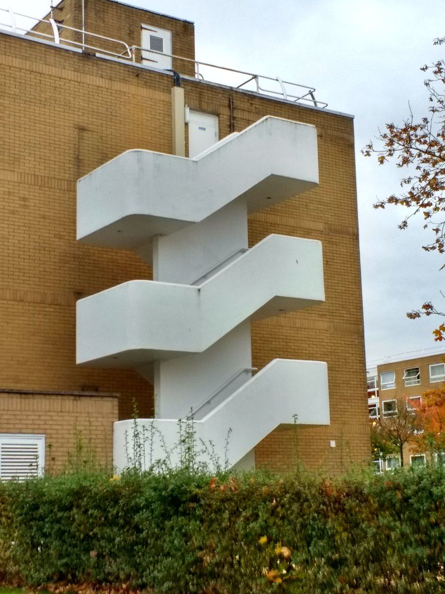Warwick Uni hall of residence staircase @BrutalHouse https://t.co/M1hs8NBLLX