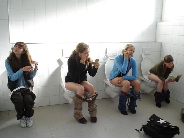 Women Peeing In Public Toilets-4203