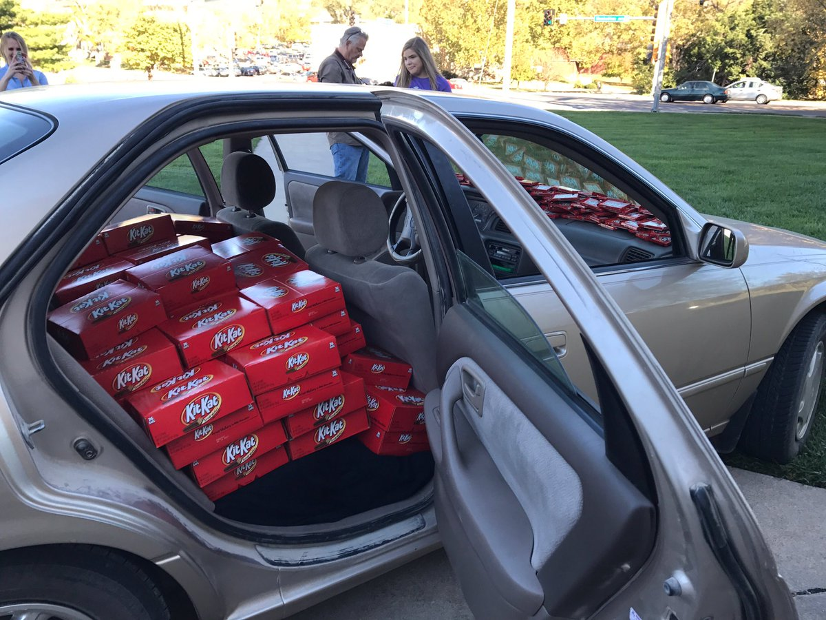 Kansas State student had Kit Kat stolen from his car. Hershey execs saw note, filled his Camry with 6,500 Kit Kats