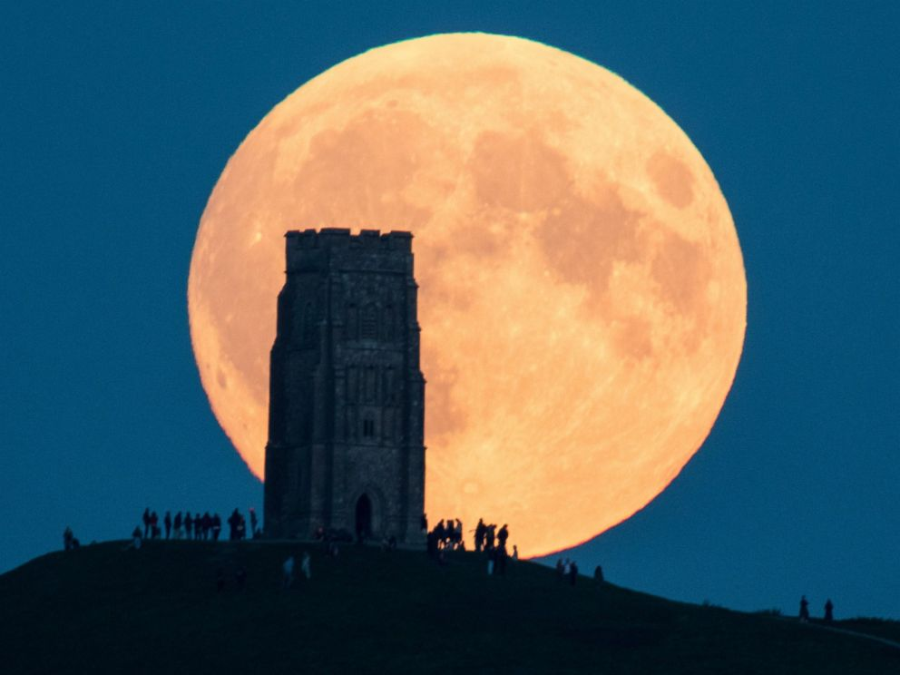 Join Us For The Full Moon Supermoon Distant Healing Event On Monday, 14 November! CwXjevWWQAIkgtK