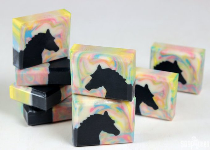 It's here! Learn how to make this Horse Sculpted Layers Soap: DIY handmade