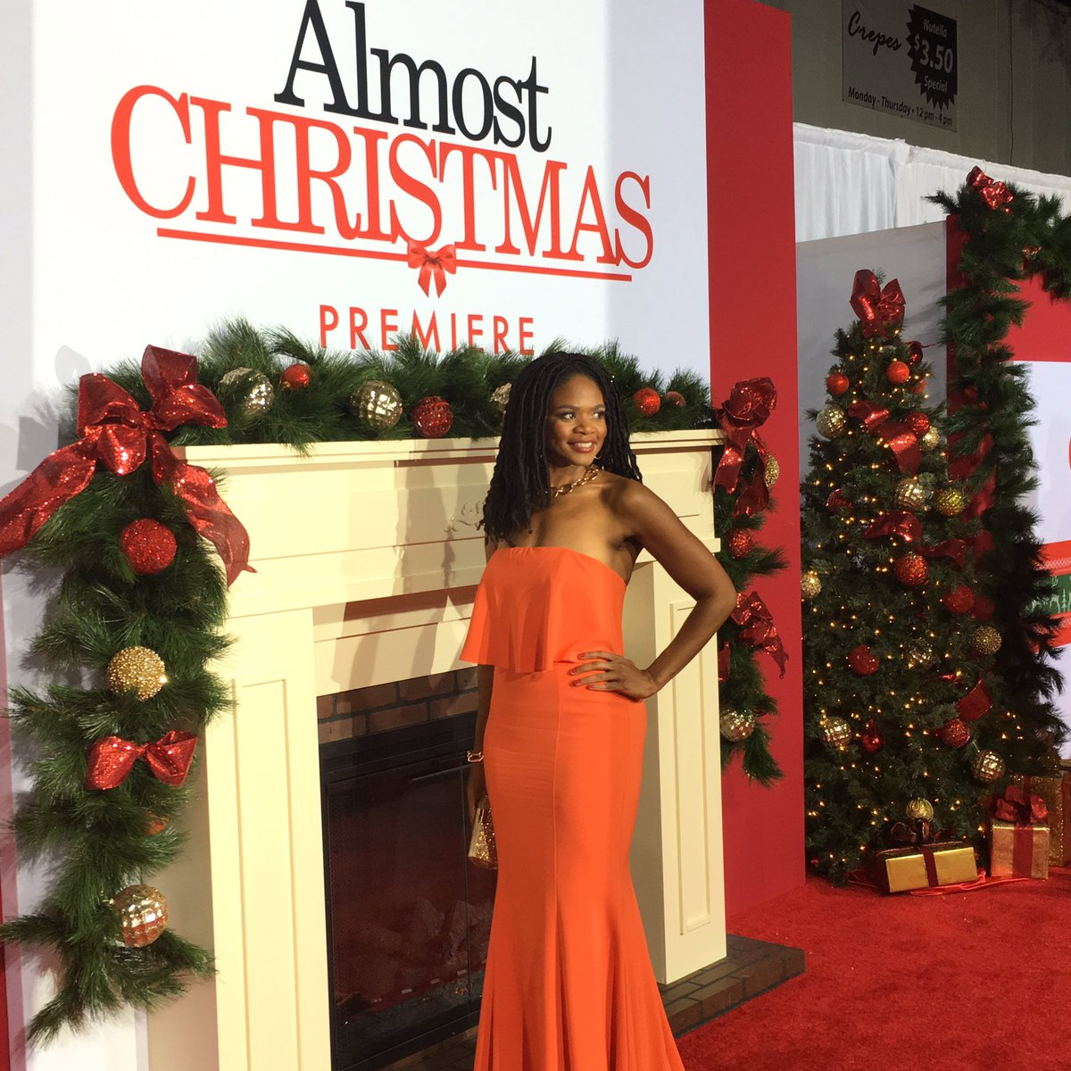 Almost Christmas Cast.Almost Christmas On Twitter The Almostchristmas Cast Is