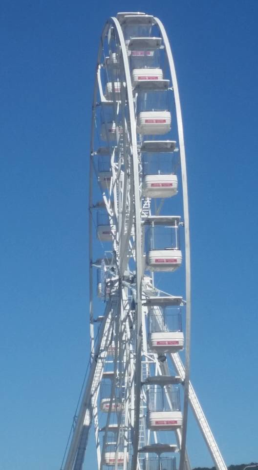 @AtBristol  the big sky view wheel offers amazing #views over #Bristol come and check it out https://t.co/cJFmBfneb0