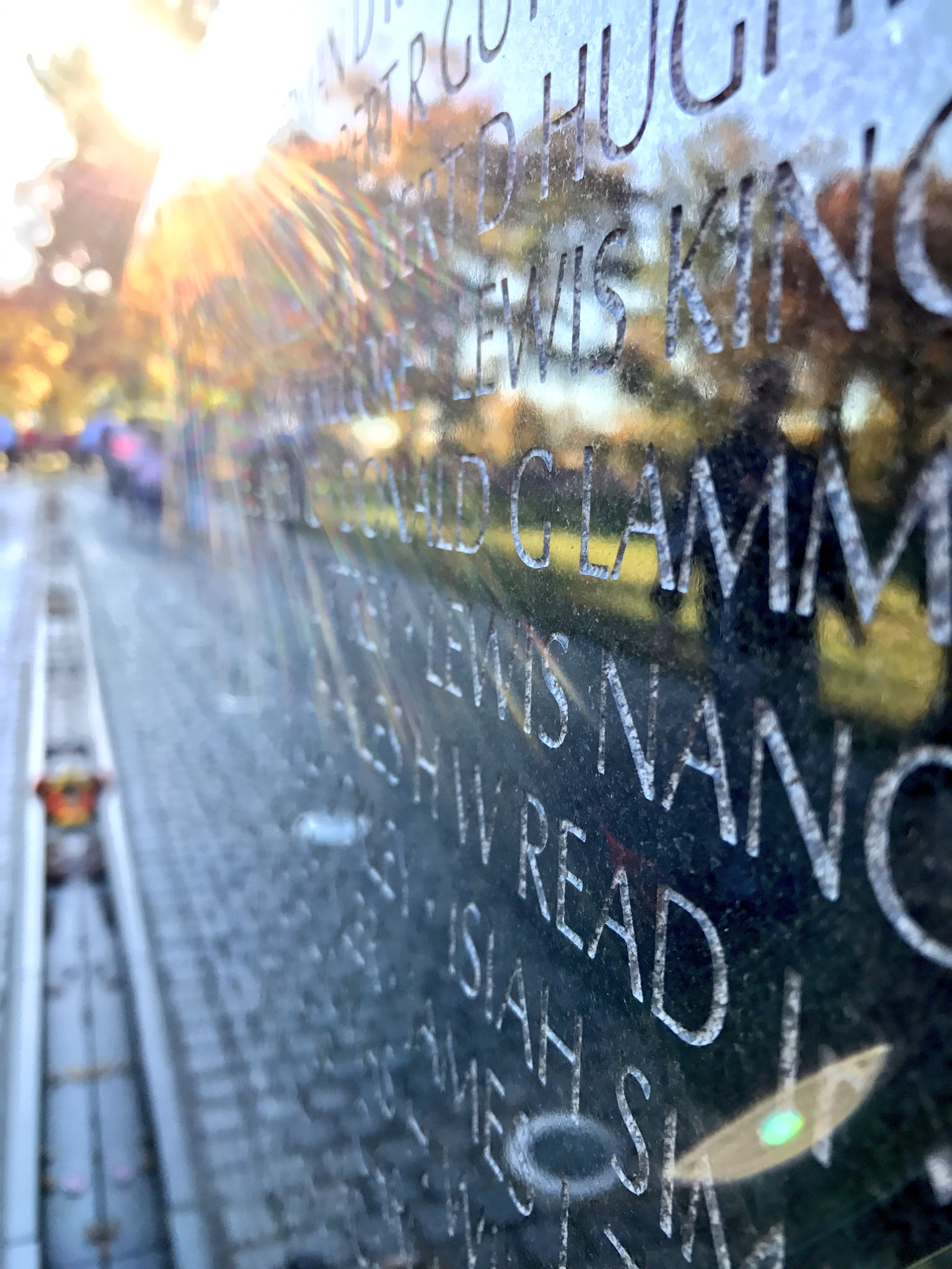 Took this last weekend at the #VietnamMemorial. Our vets have my sincere respect and deepest gratitude. #VeteransDay @nbcwashington https://t.co/IxVwKVJlQp