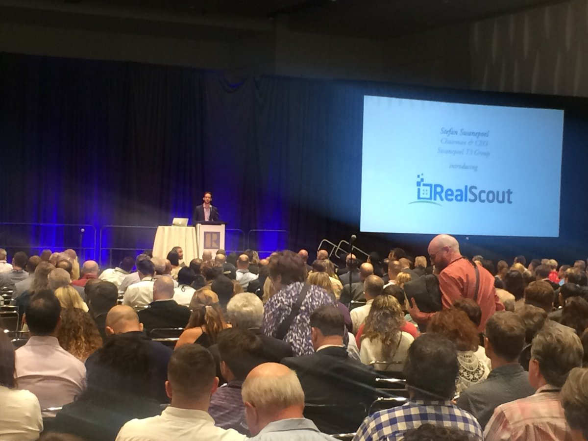 Full house listening to @RealScout @aflachner showing their awesome product. #narannual https://t.co/y9IcbfNzJN