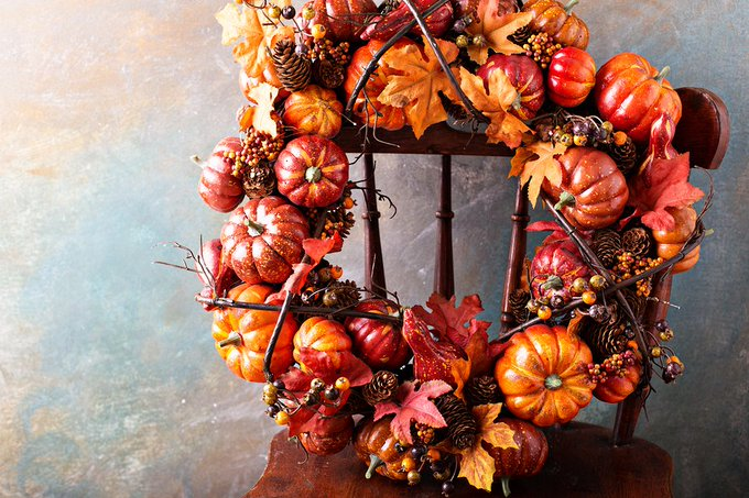 Get your fall DIY on with these 11 project ideas via Homesdotcom.
