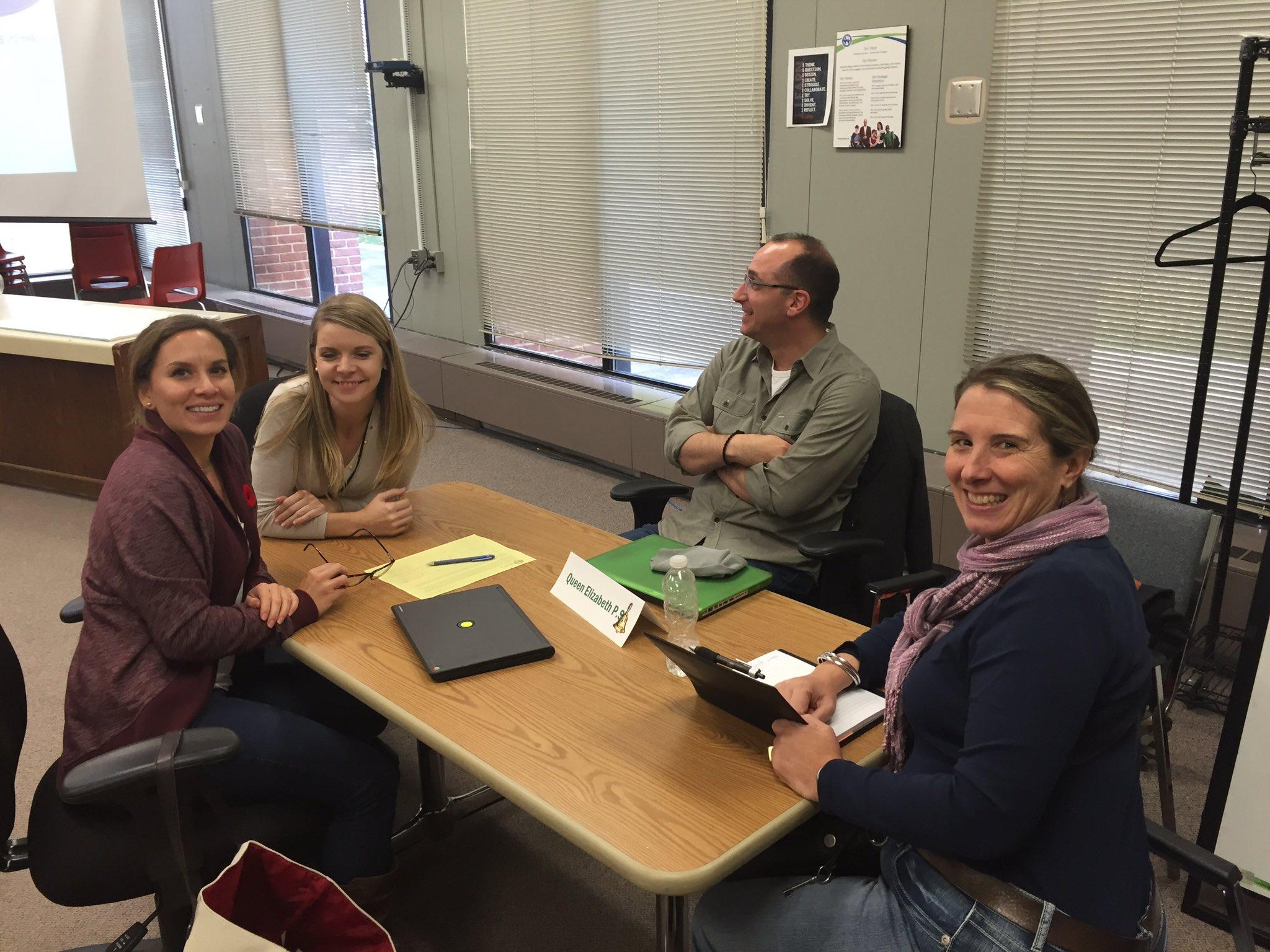 #wrdsblearns QueenElizabeth PS staff getting ready for school planning. https://t.co/Ni9NN0FdjO