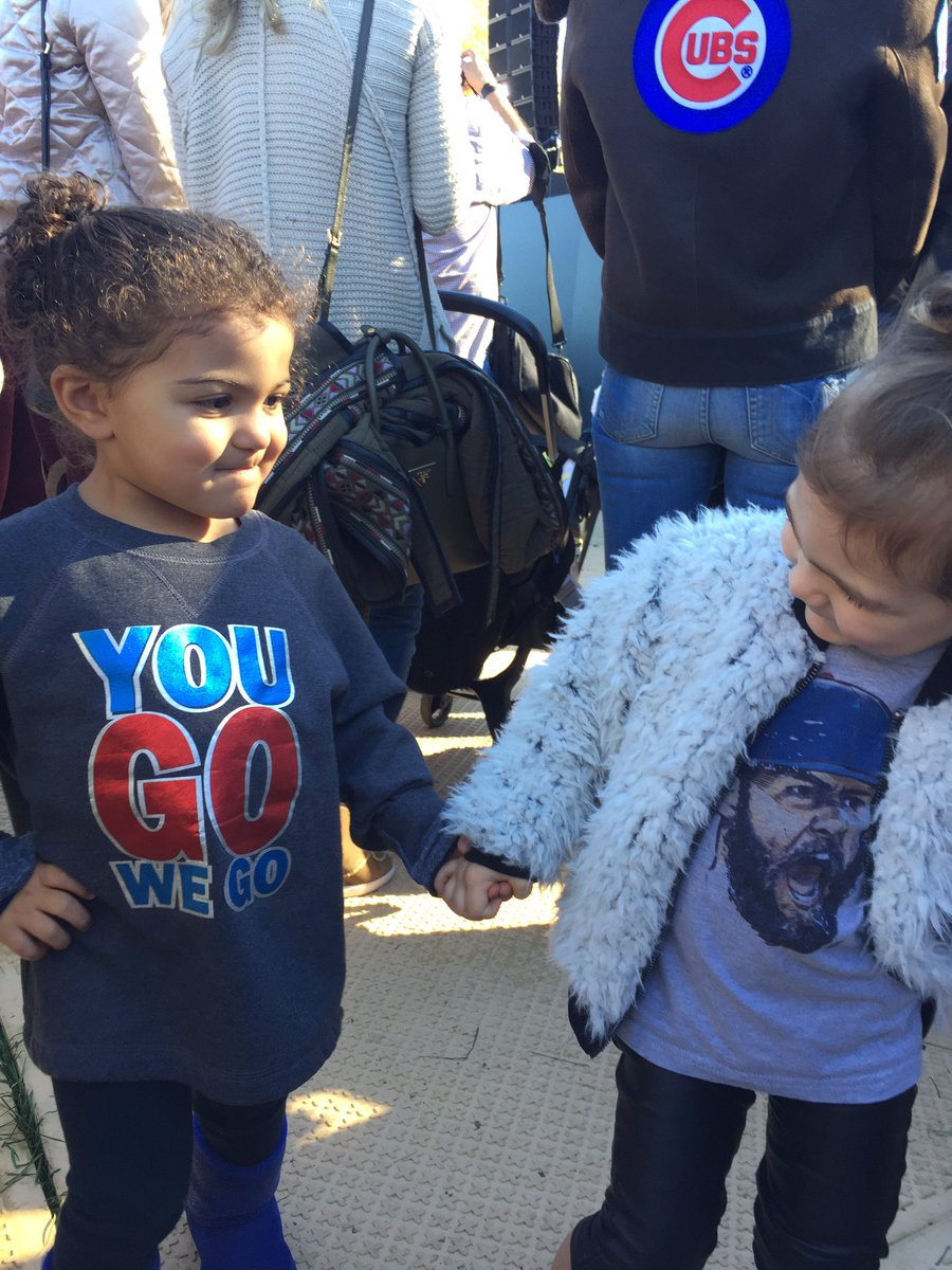 Jake and Dexter's daughters dancing at @Cubs rally https://t.co/Ny8HSyVeFt