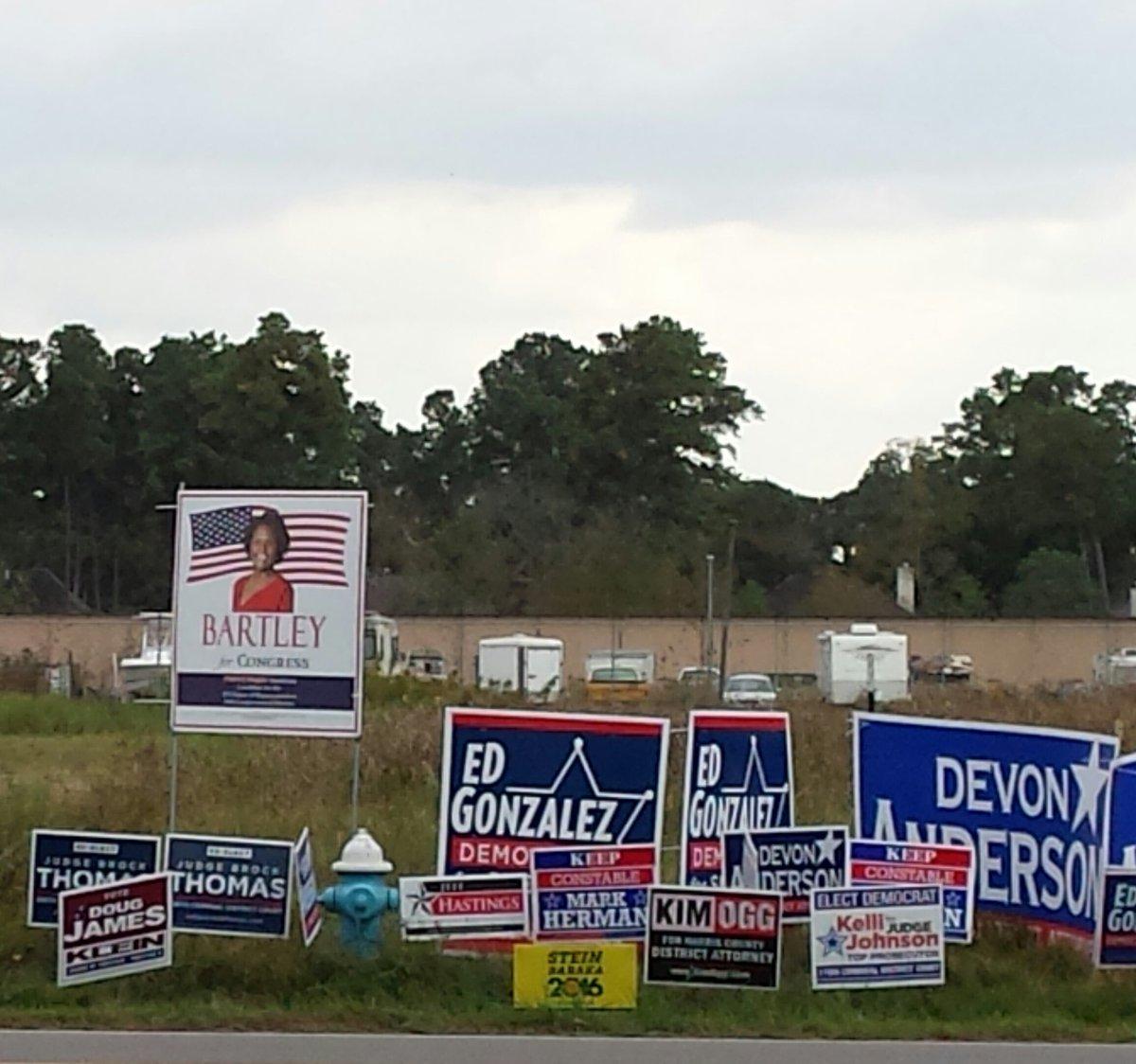 Vote @LoriBartleyTX18 and retire Sheila Jackson Lee https://t.co/kNE3XJJS96