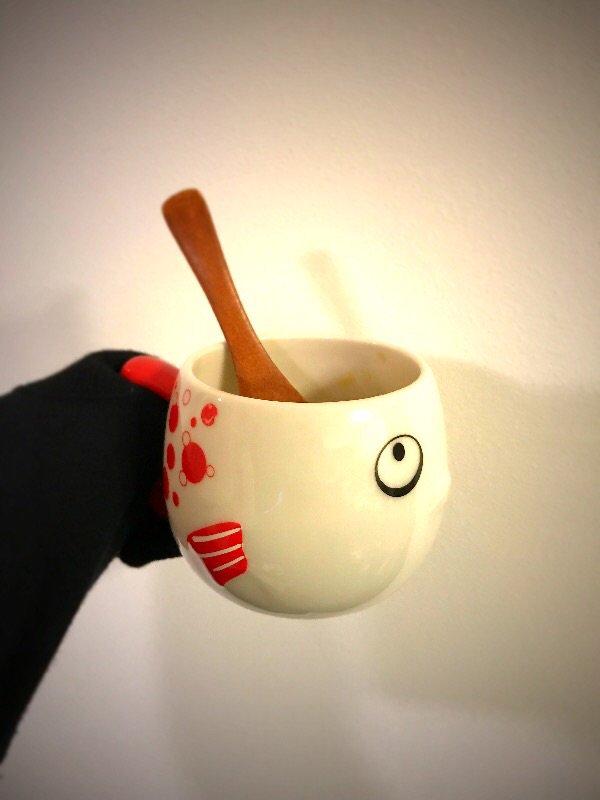 朝ごはんもマグカップ茶碗蒸し。やはり熱くて持てませんでした。