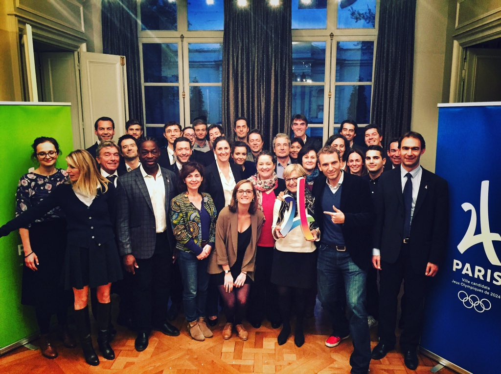 Another great session with our amazing @Paris2024 &#39;Sport &amp; Society&#39; team! @grandcorpsmalad @TonyESTANGUET @SBetsen @michelcymes &amp; many more<br>http://pic.twitter.com/AU297K9U0Q