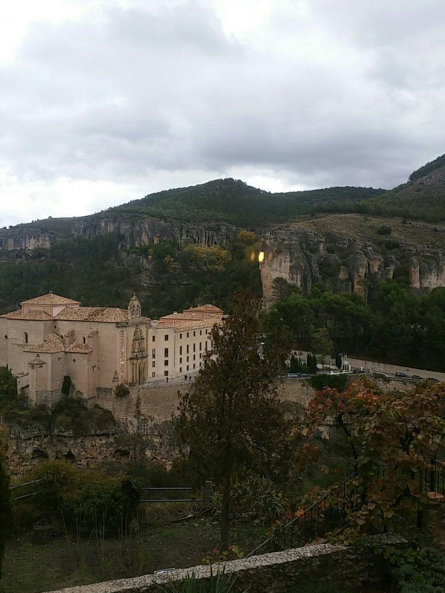 Desde la @posadasanjose las vistas son impresionantes. Y la gastronomía espectacular. #Cuencaenamora https://t.co/TzjUSjMR2Y