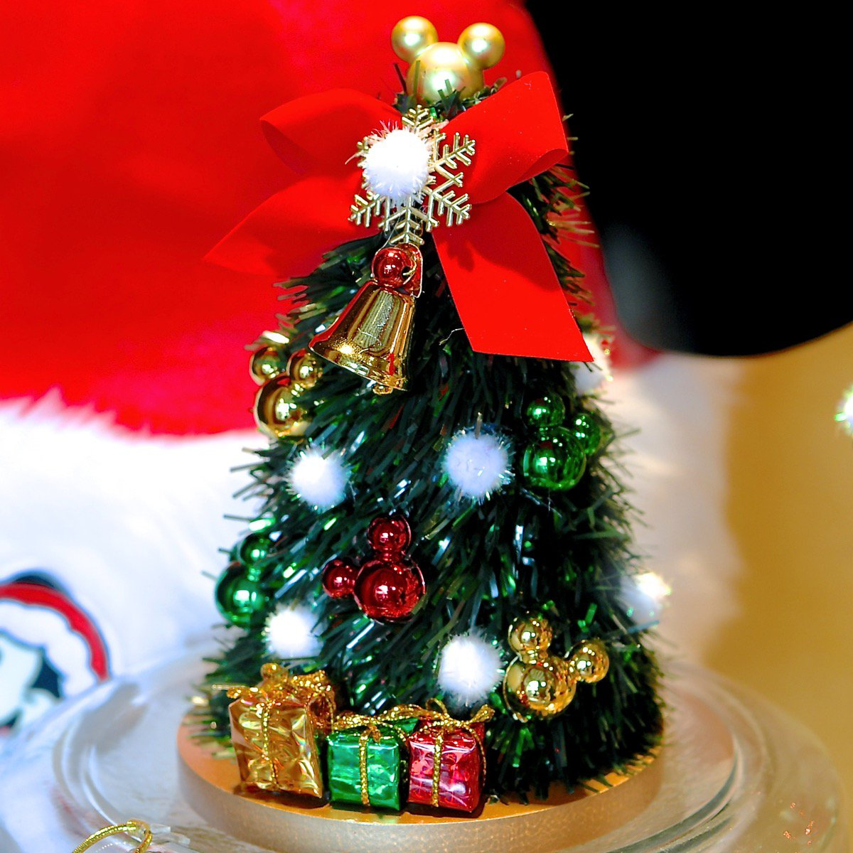 "mezzomikiのディズニーブログ on twitter: ""クリスマスツリーやリース"