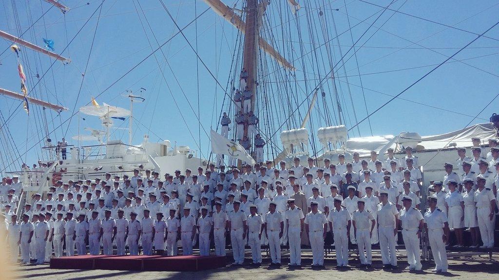 Fragata Libertad - Página 3 CwgNSjOXEAAKi3X