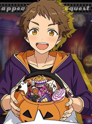 光くんの持ってるお菓子の中にアドニスが配ってたクッキーがある?十字架とコウモリが見える。 貰ったんだろうなあ 可愛いなあ