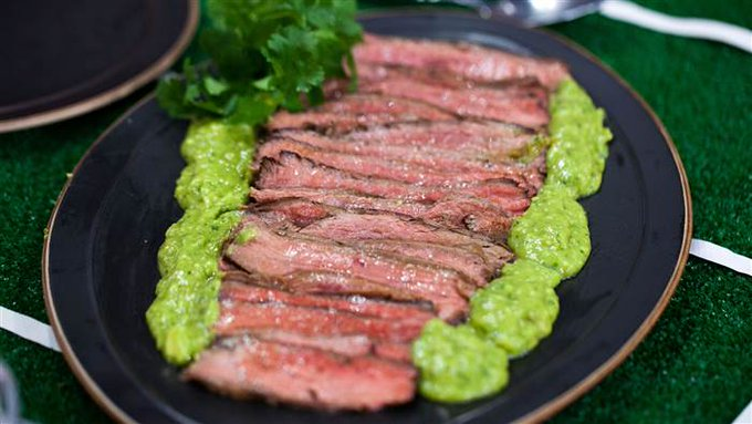 Healthy football party food: Juicy flank ://