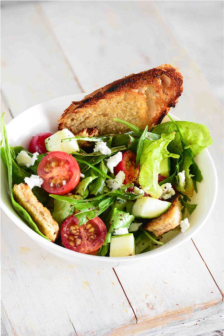 Healthy and flavourful greek salad is perfect on both scores