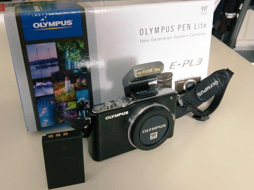 Hat hier jemand Interesse an einer Olympus E-PL3 (body only)? #photography #forsale https://t.co/RFSTyfyyfo
