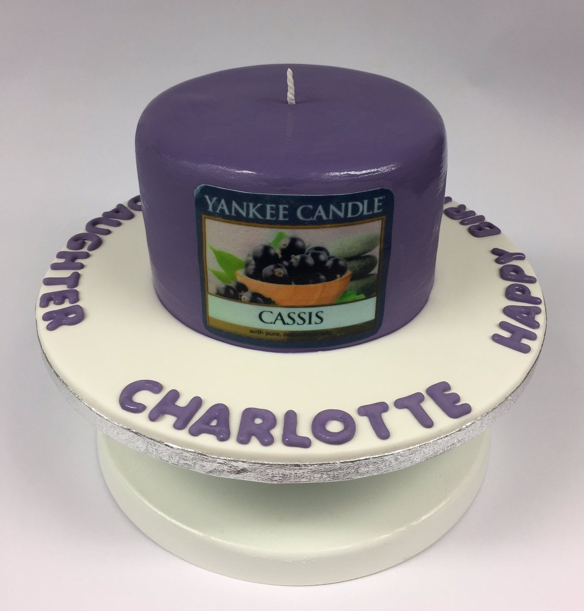 Yum Tummy Rumble On Twitter Cassis Yankee Candle Cake