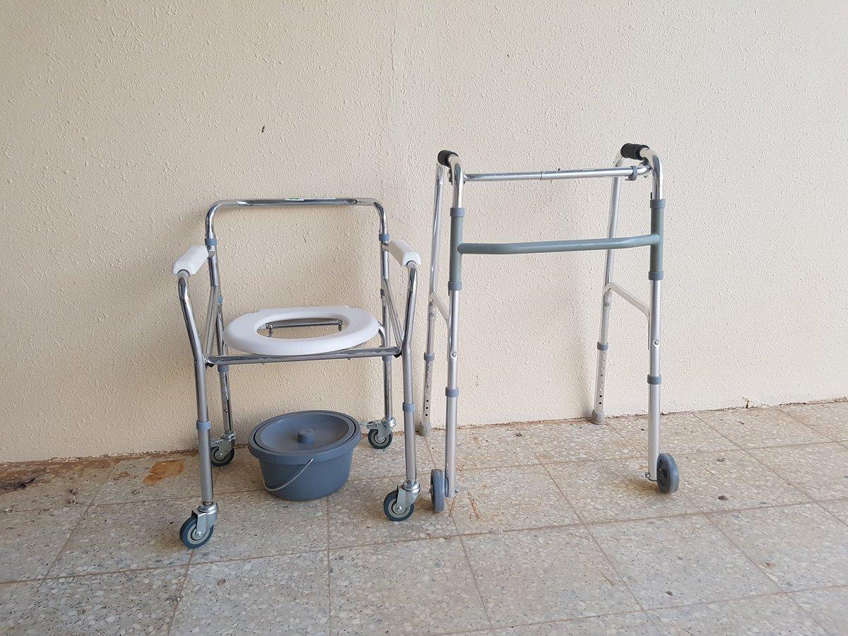 الجمعية الخيرية بتمير Pa Twitter تعلن الجمعية عن توفر كرسي حمام متنقل ومشايه لكبار السن فعلى من يحتاجها مراجعة الجمعية